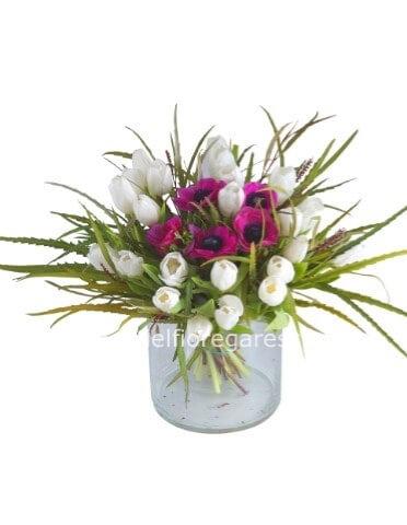 Mazzo Di Fiori 30 Euro.Bouquet Di Tulipani Fiori A Garessio Invio E Consegna Fiori A